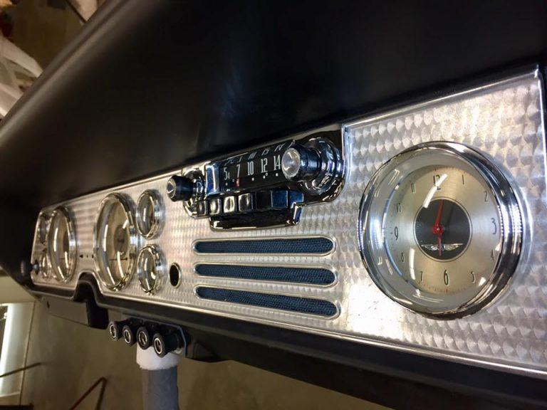 54 Studebaker Champion037